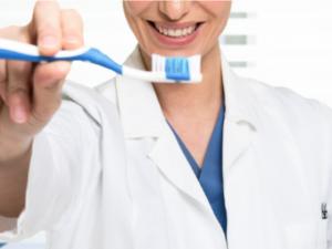 L'importanza dell'igiene orale quando si è fuori casa