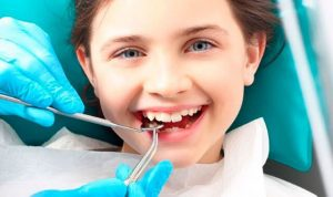 Igiene orale e apparecchio denti bambini