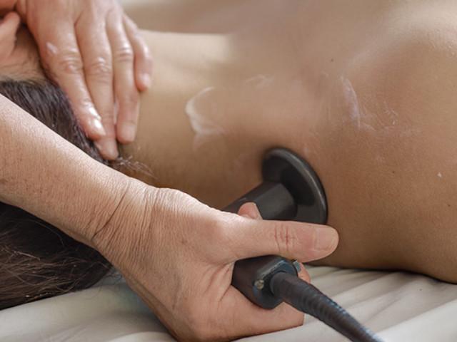 """Come curare il tuo dolore cervicale con la """"Tecarterapia"""""""